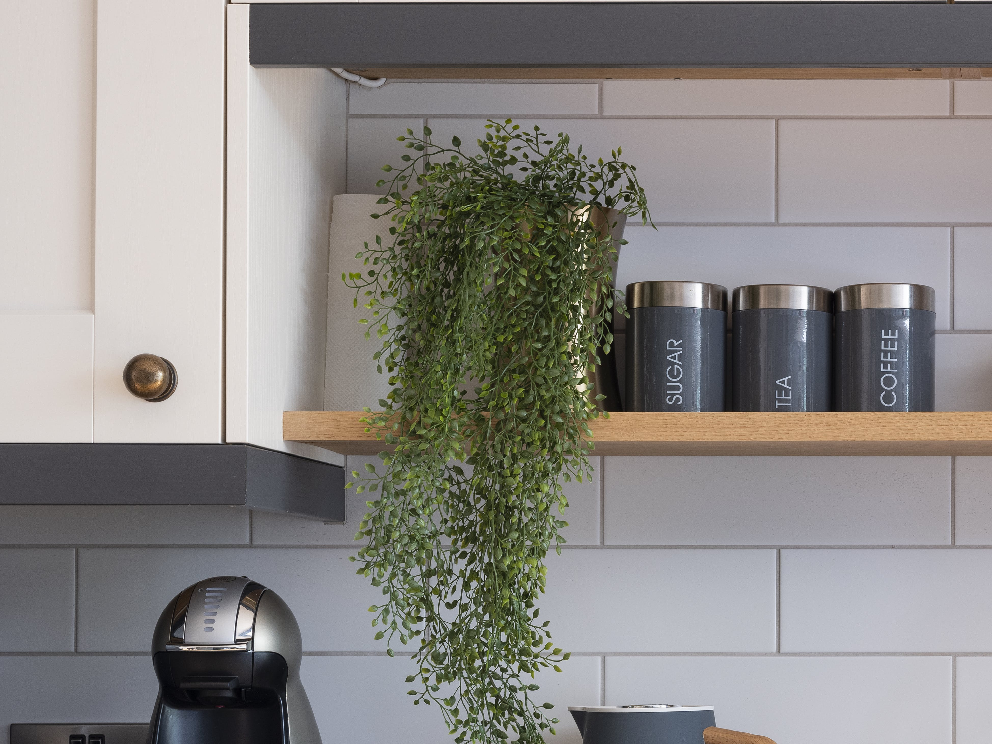 artificial hanging and trailing plants for home