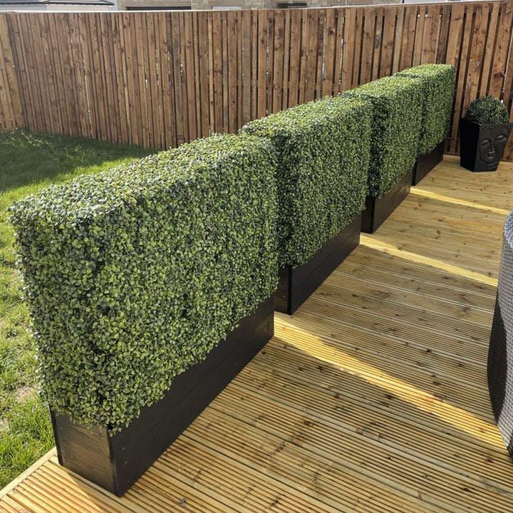 artificial outdoor garden hedges