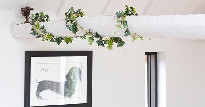 artificial hanging garlands